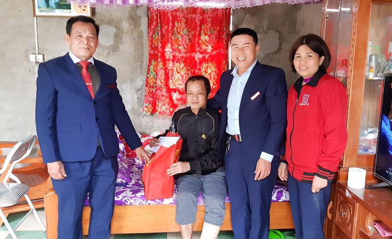 Hoàn Mỹ thăm và tặng quà tết gia đình các CBCNV Công ty có hoàn cảnh khó khăn